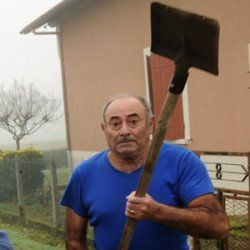 When Dads could wield shovels
